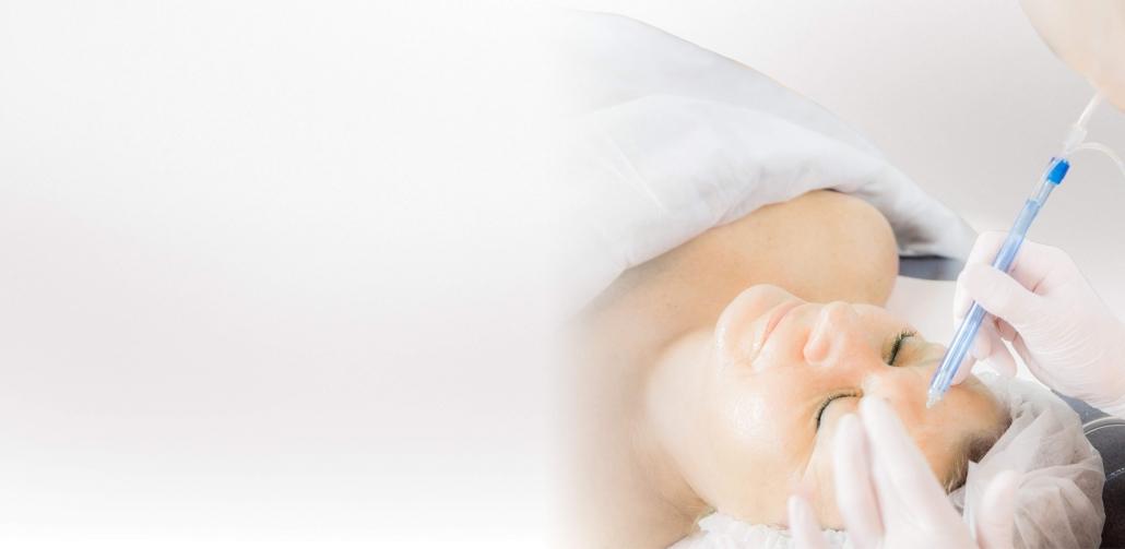 JetPeel Testbehandlung mit VISIA 3 D Hautanalyse bei Alster Kosmetik Kosmetikstudio in Hamburg gegen Falten, bei Unreiner Haut, bei Rötungen, Pigmentflecken, Schwellungen, Lymphstau
